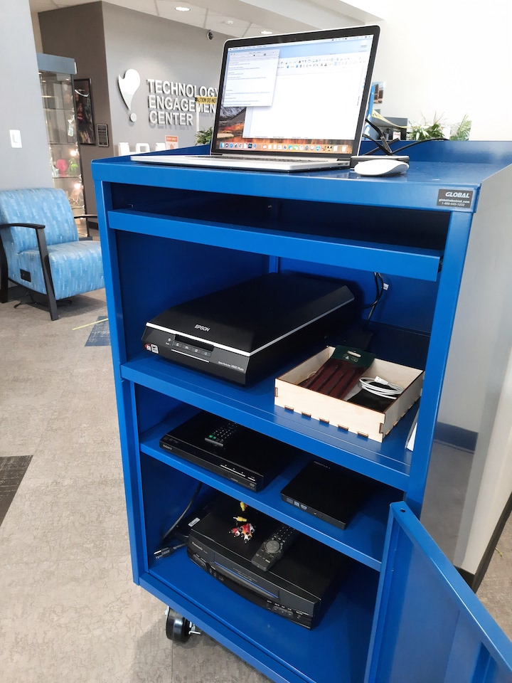 Technology Engagement Center's new Do-It-Yourself Archiving Cart